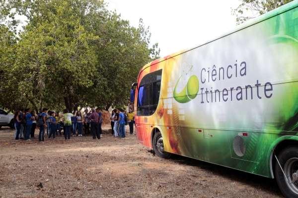 Governo do Ceará abre seleção para monitores do projeto Ciência Itinerante