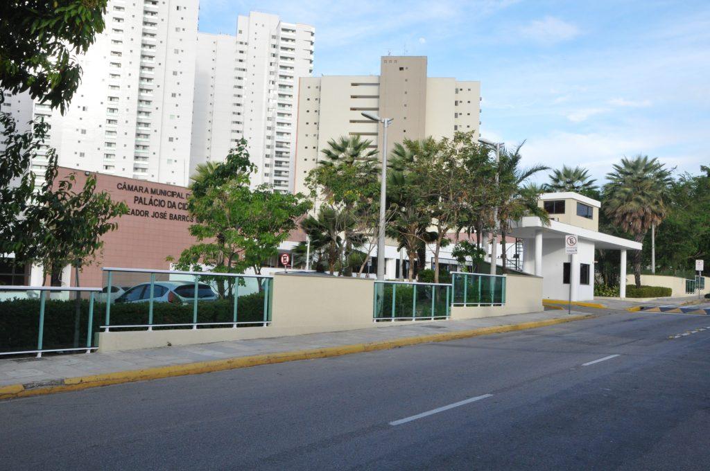 Câmara de Fortaleza retorna sessões plenárias em formato híbrido nesta quarta-feira