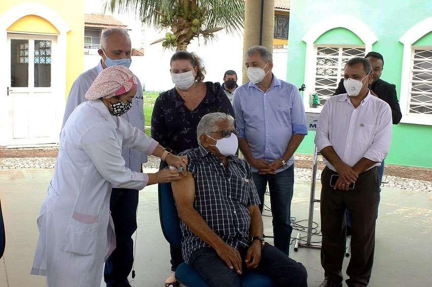 Prefeitura de Maracanaú realiza maratona de vacinação contra COVID-19 neste final de semana