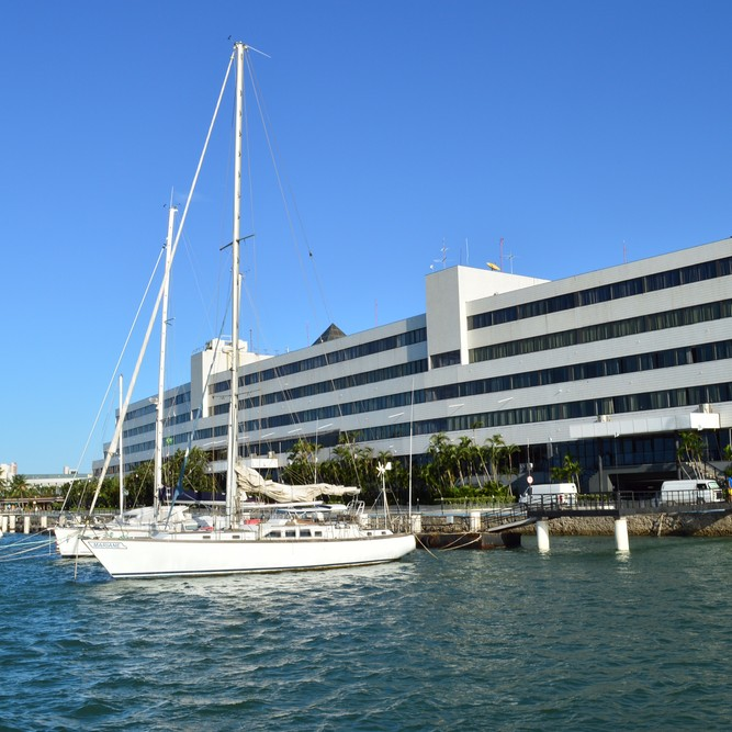 Secretaria da Saúde fecha Marina Park Hotel