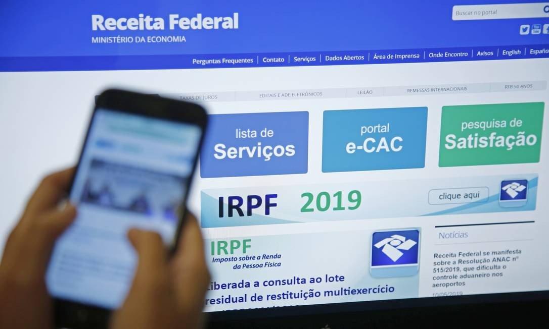 Bolsonaro quer elevar isenção do Imposto de Rende para o próximo ano
