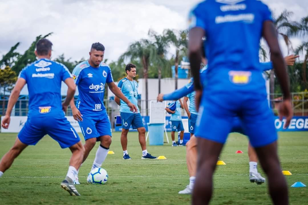 Cruzeiro perde mais uma, Ceará só depende dele