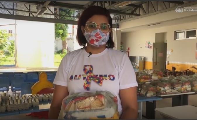 Prefeitura de Fortaleza inicia entrega dos kits de alimentação para alunos da Rede Municipal