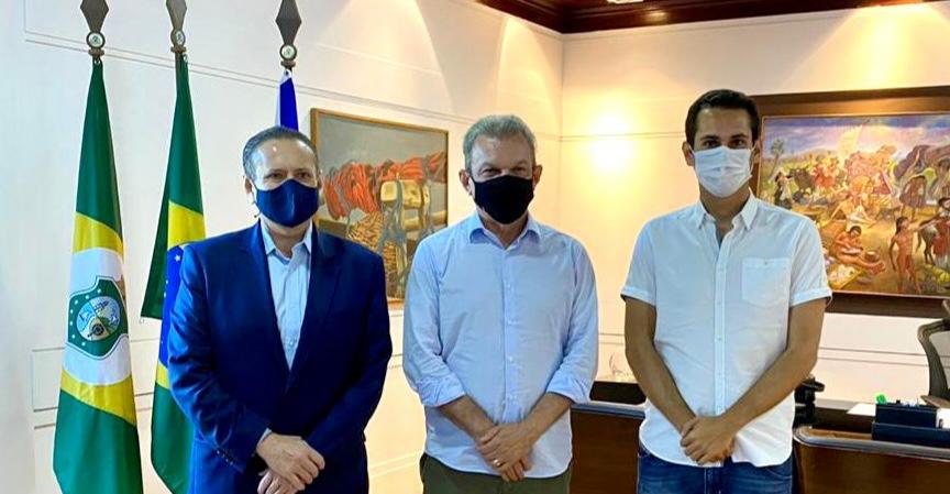 Deputado Domingos Neto e Domingos Filho se reúnem com Sarto para discutir projetos para Fortaleza