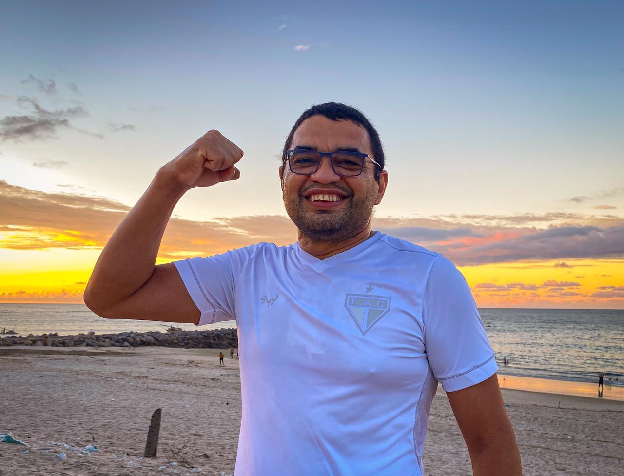 Vereador de Fortaleza vence o câncer e retorna atividades na Câmara Municipal