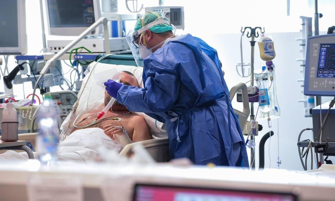 Casos de coronavírus passam de 1,5 milhão no Brasil