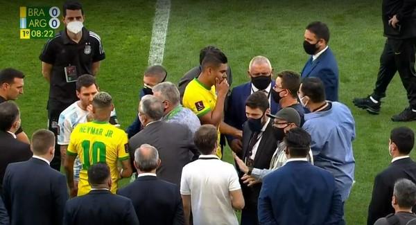 Polícia Federal e Anvisa entram em campo e partida entre Argentina e Brasil é cancelada
