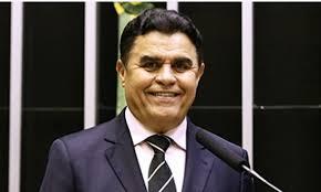 Câmara aprova retorno do deputado acusado de corrupção – veja votação dos parlamentares do Ceará