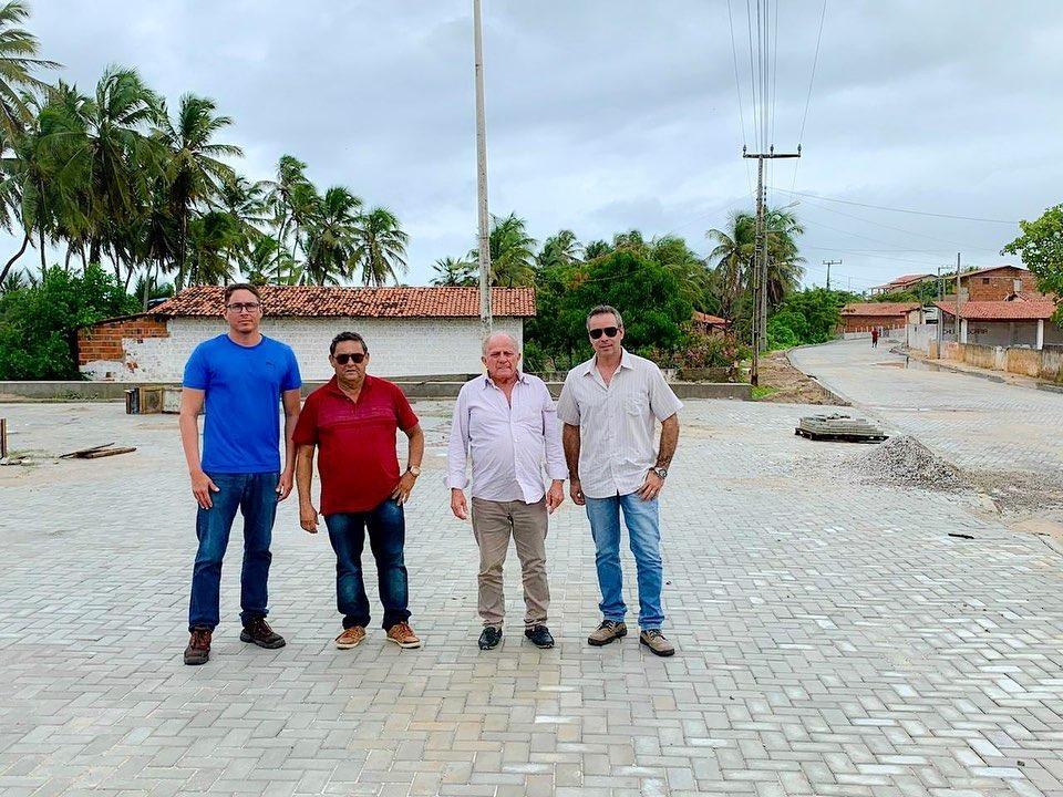 Prefeitura de Aquiraz realiza obras na Praia do Batoque