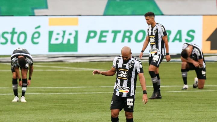 Botafogo primeiro time rebaixado para Série B do Brasileirão