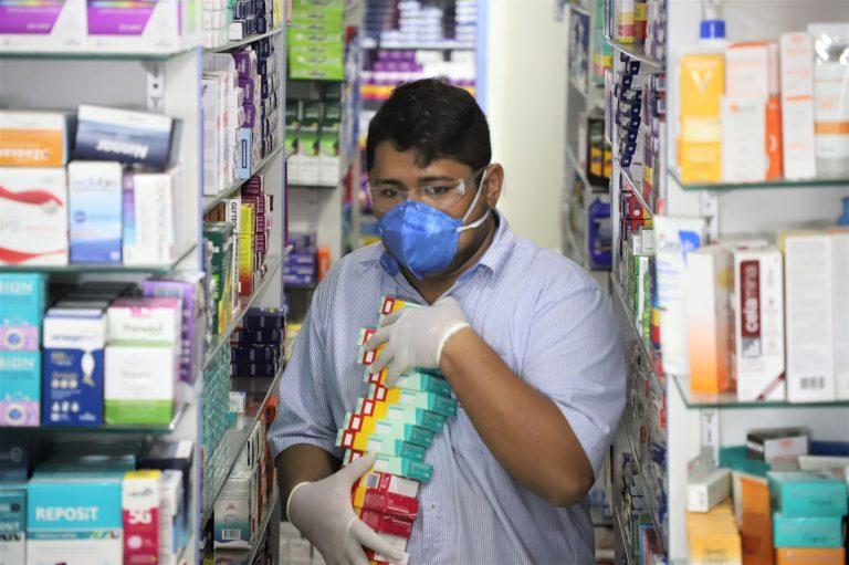 Uso abusivo de medicamentos causa dano irreversível, diz especialista