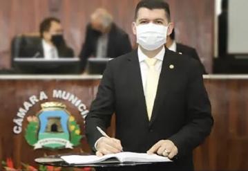Vereador de Fortaleza apresenta projeto 'Parada Segura'