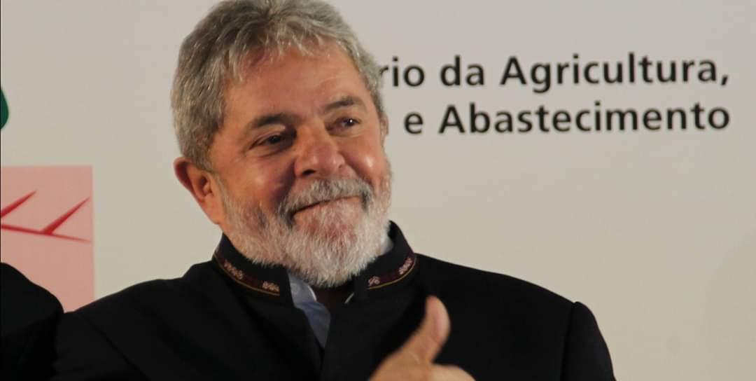 Polícia Federal é informada que Lula deixará prisão hoje