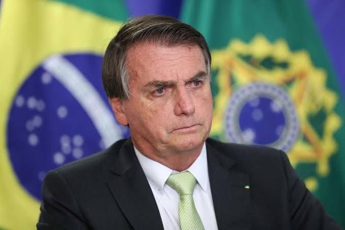 Bolsonaro indaga instalação de impeachment contra ministros do STF