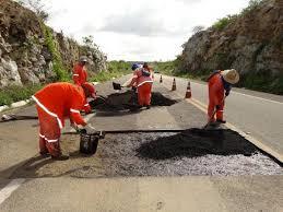 Ministro da Infraestrutura anuncia recuperação da estrada de Canindé até a divisa do Piauí