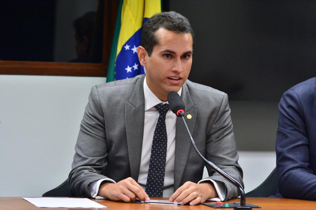 Deputado cearense Domingos Neto na lista dos mais influentes do Congresso Nacional