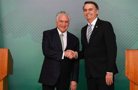 Michel Temer é convidado por Bolsonaro para comandar missão ao Líbano