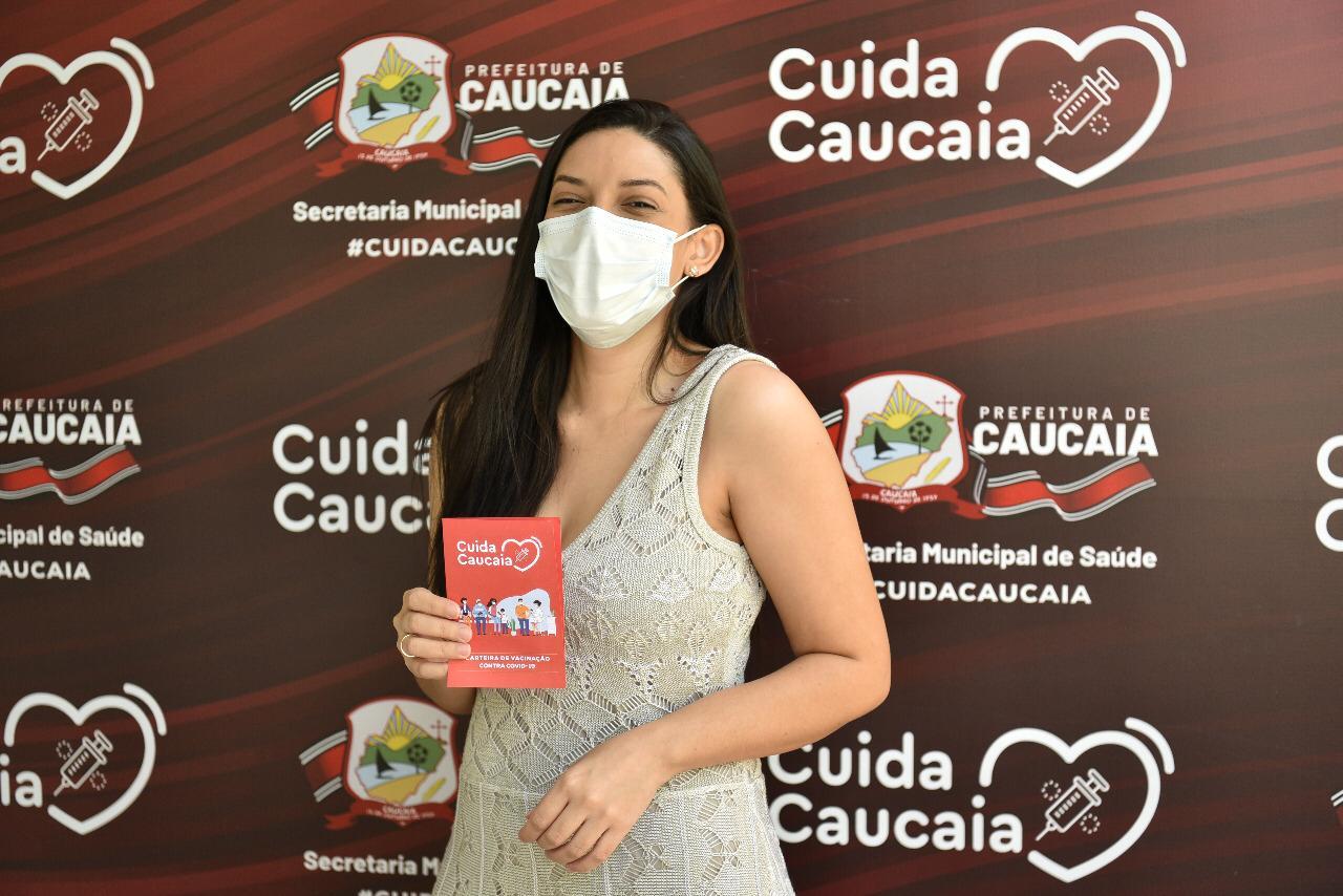 Covid: Caucaia inicia vacinação de grávidas e puérperas