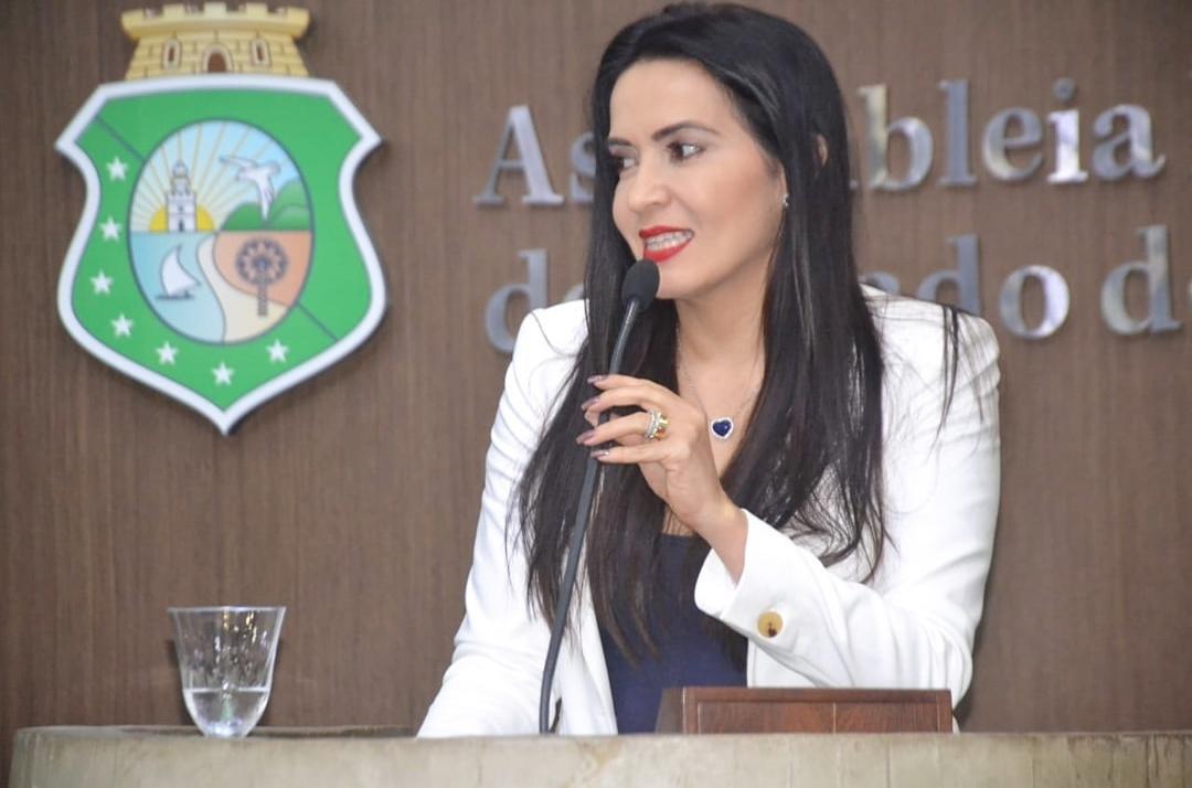 AL aprova projeto de Aderlânia e Parambu Cidade Junina entra no calendário oficial de eventos do Ceará
