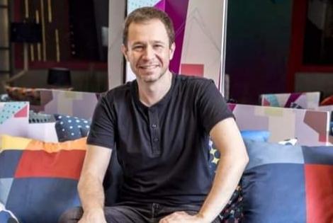 Apresentador Tiago Leifert deixa TV Globo e anuncia seu futuro profissional
