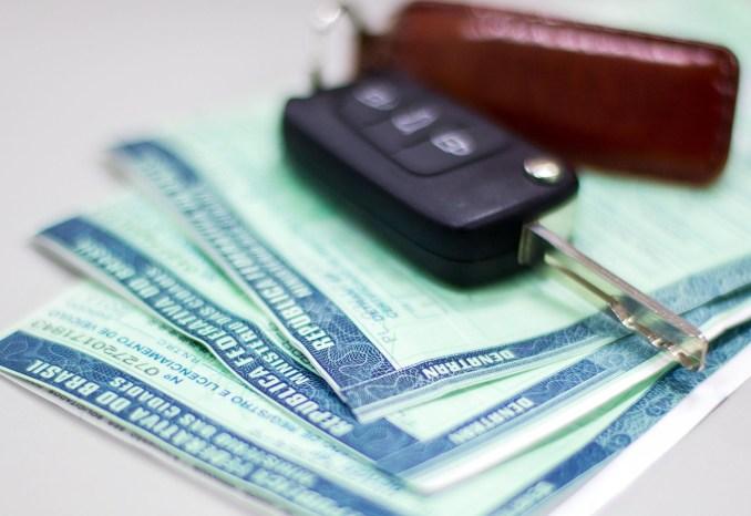 Prorrogado prazo de vencimento do licenciamento de veículos com placas de final 1 e 2