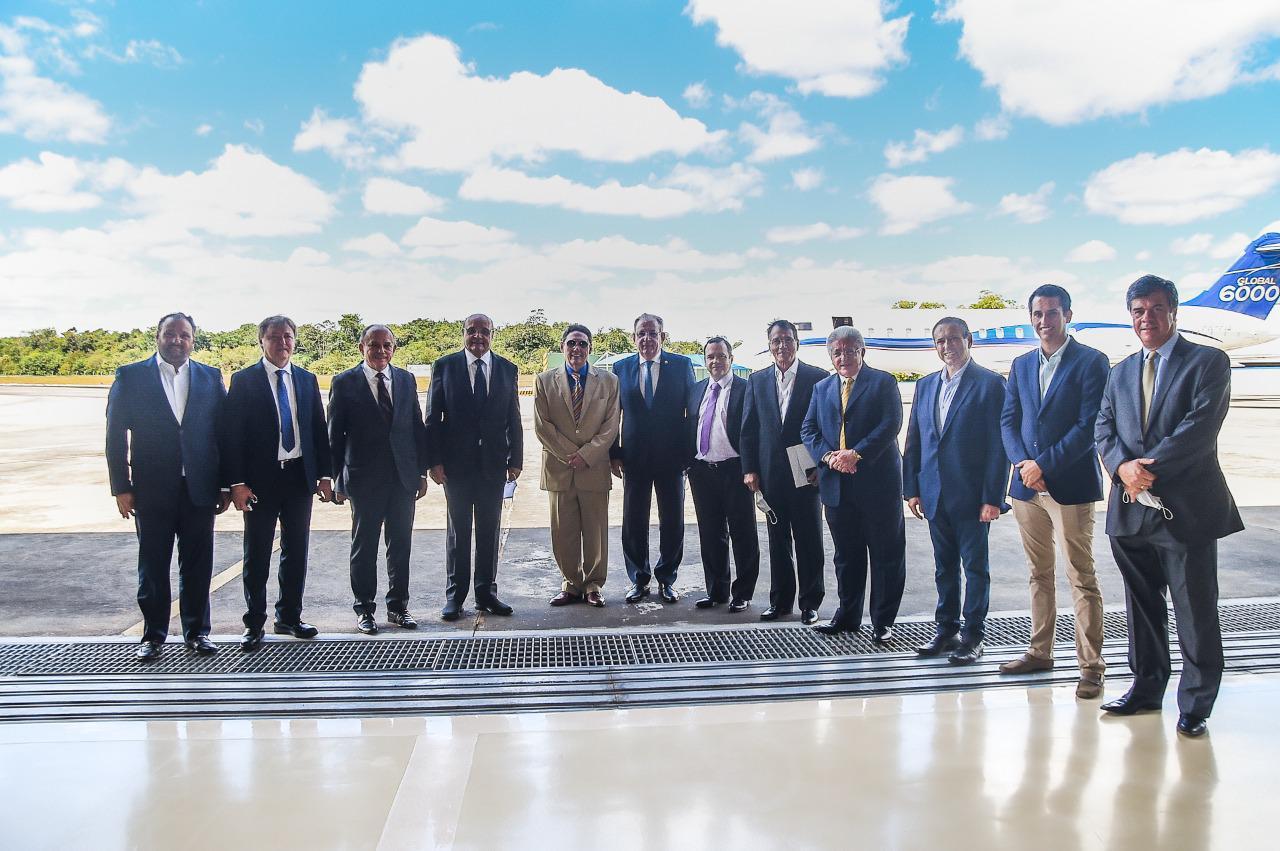Deputado Domingos Neto reúne empresários cearenses com ministros em Brasília
