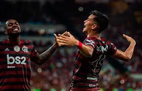 Flamengo vence Atlético Mineiro segue na liderança do Brasileiro