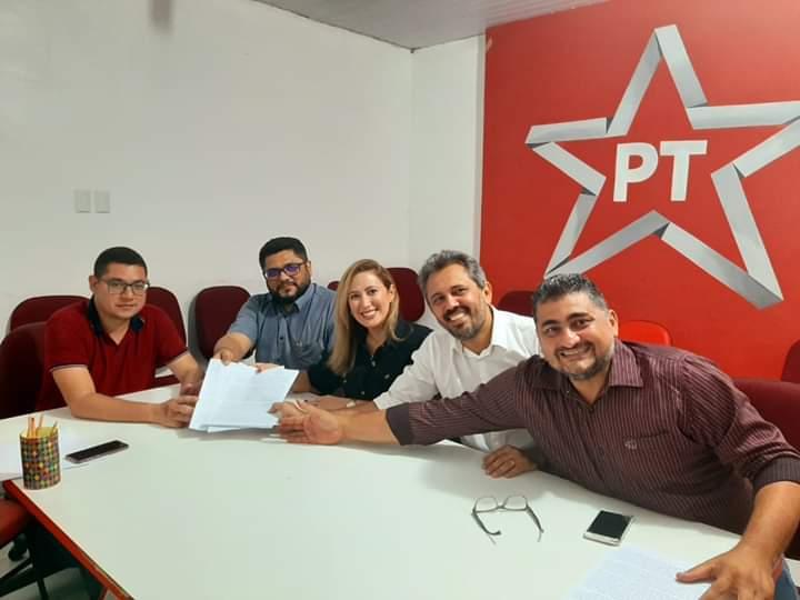 Petistas assinam manifesto em apoio ao nome de Luizianne Lins à Prefeitura de Fortaleza