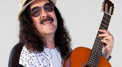 Morre cantor Moraes Moreira