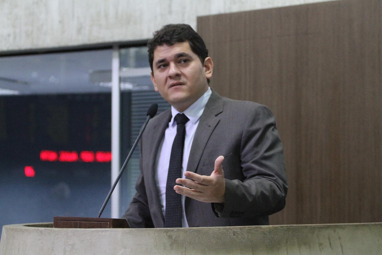 Deputado Audic Mota propõe parcelamento das contas vencidas de água e luz em 12 vezes