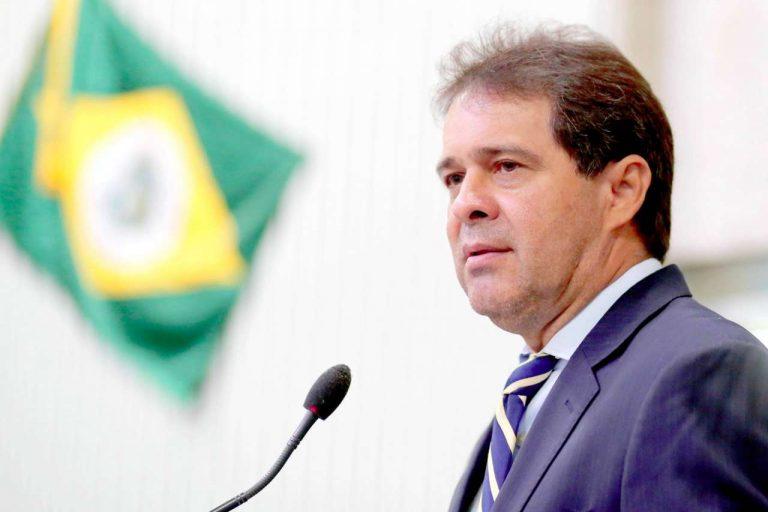Presidente da Assembleia Evandro Leitão participa de fórum de segurança pública do Cariri Oeste