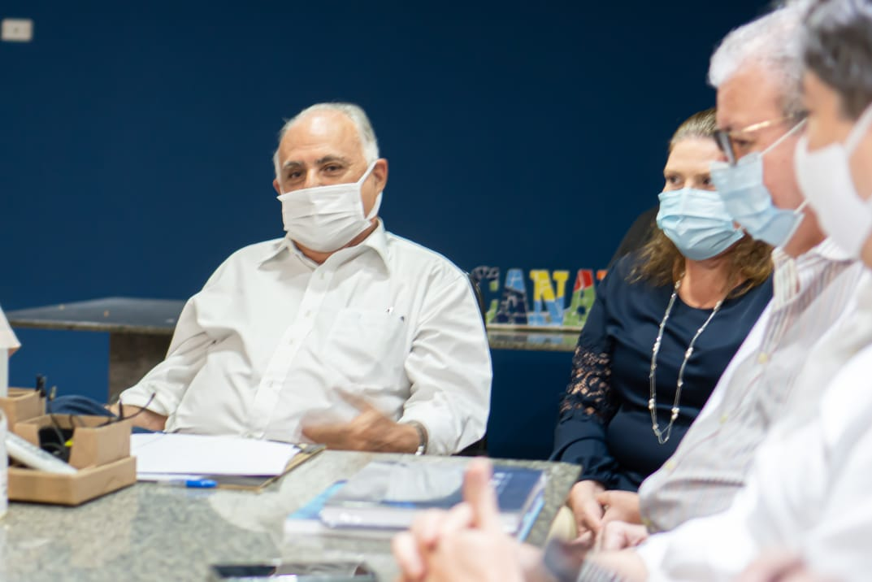 Maracanaú: Roberto Pessoa recebe presidente da Fiec em busca de parcerias