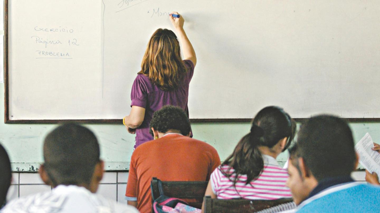 Após receber denúncias Decon expede recomendações a escolas particulares, entenda