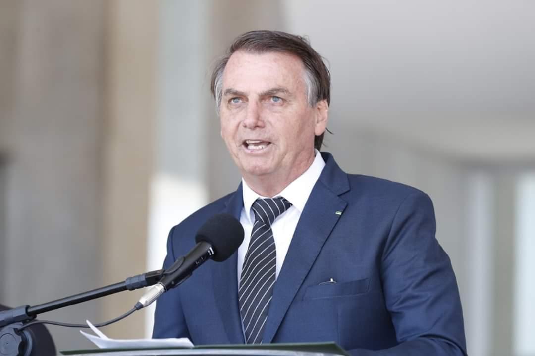 Bolsonaro pode aumentar o salário mínimo