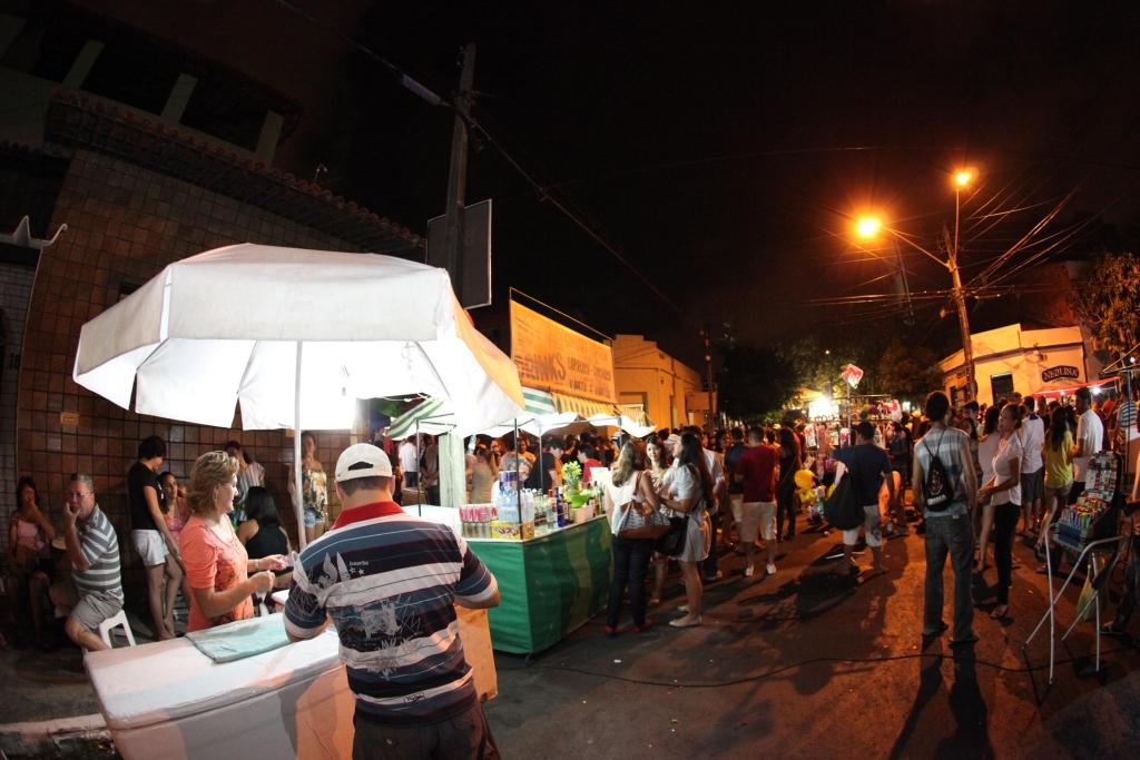 Confira o resultado do sorteio dos ambulantes que trabalharão no pré-carnaval de Fortaleza