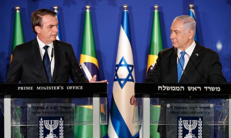 Bolsonaro diz que spray nasal de Israel contra à Covid-19 terá pedido emergencial na Anvisa