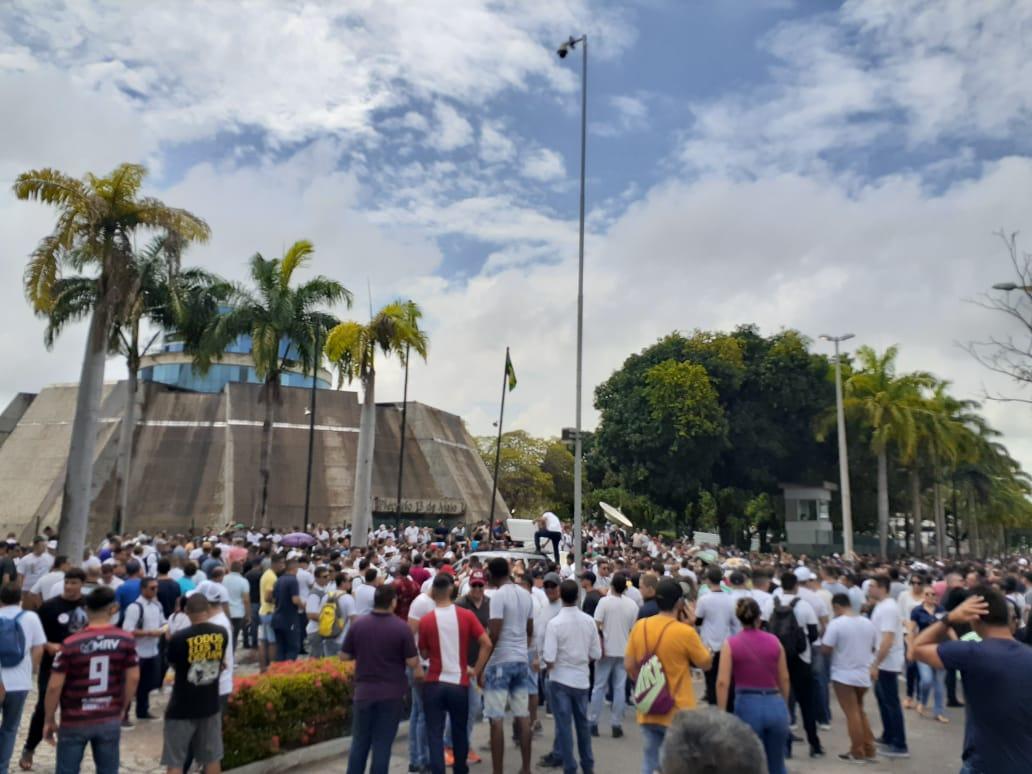 Ministério Público orienta que policias militares não façam manifestações ou greve