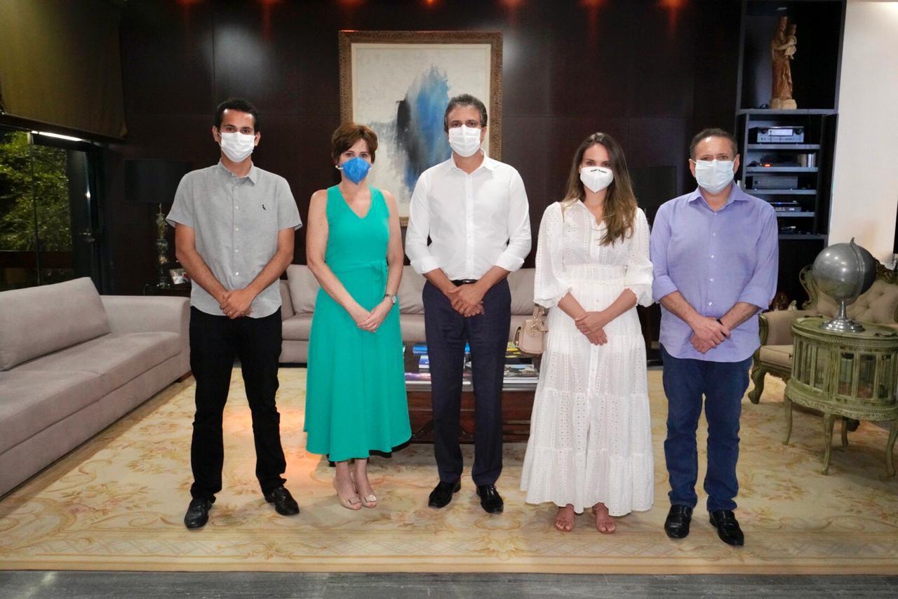 Camilo recebe Domingos Filho, Domingos Neto, Dra. Gabriella Aguiar e a prefeita de Tauá Patricia Aguiar