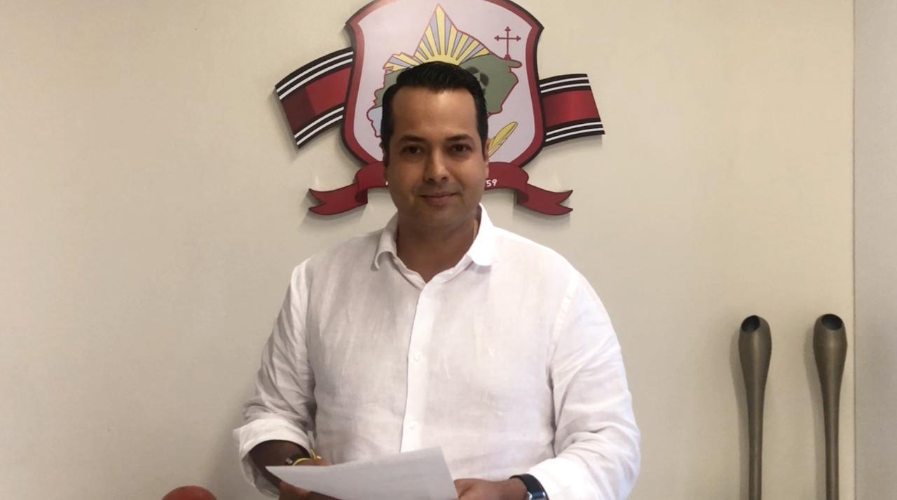 Caucaia: Vitor Valim convoca servidores municipais para audiência nesta quinta-feira