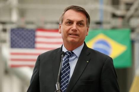 Já são 11 membros da comitiva de Bolsonaro da viagem para EUA com coronavírus