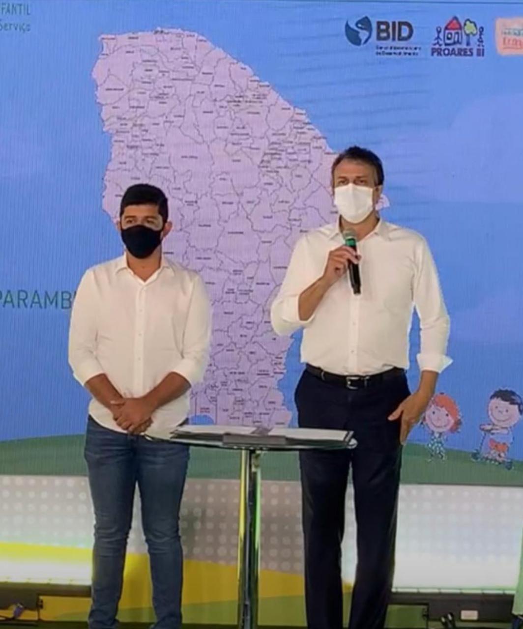 Parambu: prefeito Rômulo Noronha participa ao lado do Camilo na autorização da construção de Centros de Educação infantil