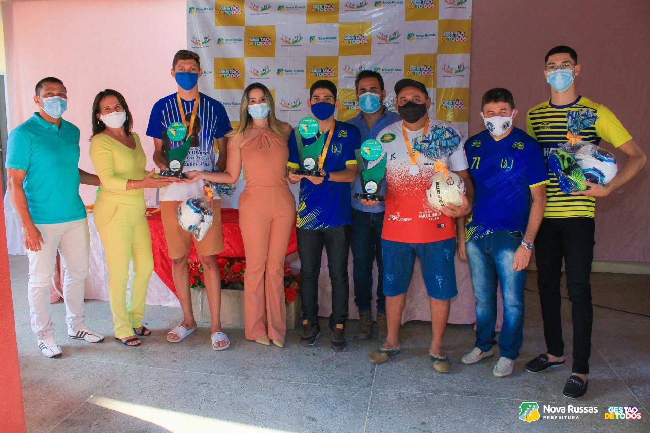 Prefeitura de Nova Russas  premia vencedores da 1ª Copa Virtual de Futebol do município
