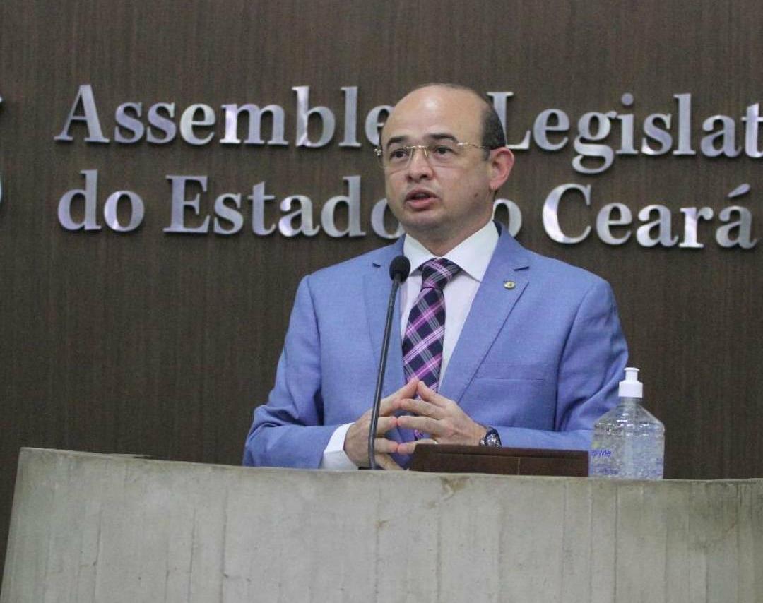 Deputado Sérgio Aguiar grande vencedor das eleições  municipais no Ceará