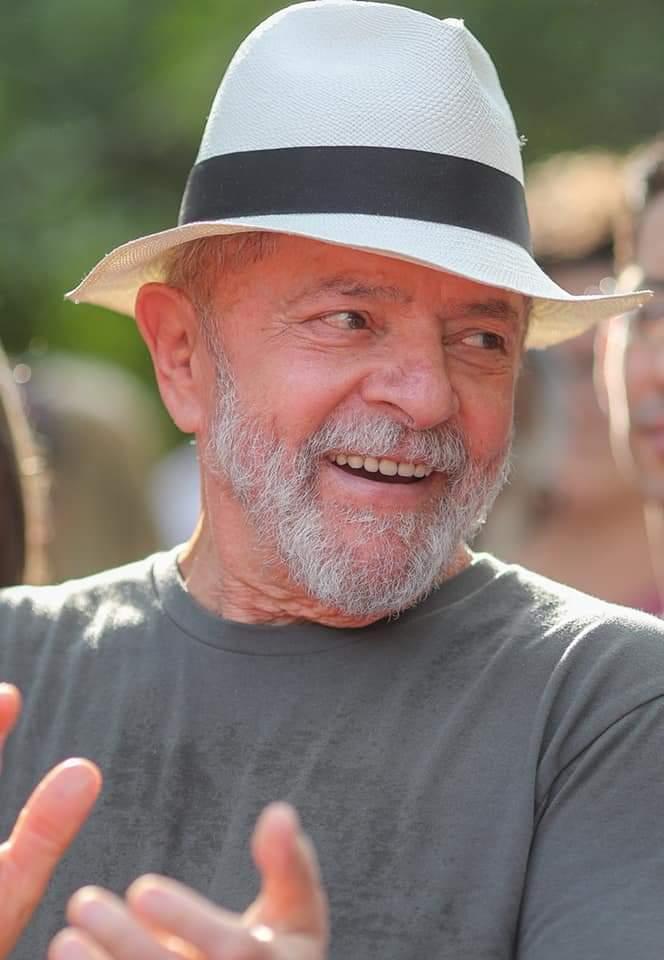 Lula não abre mão da candidatura do PT em Fortaleza