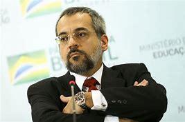 Ministro da educação confirma erro em notas do Enem