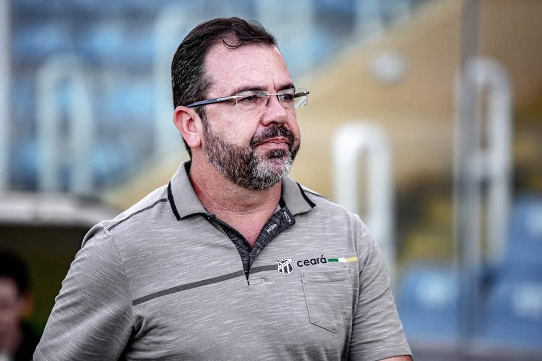 Enderson Moreira não é mais treinador do Ceará e Alvinegro já tem novo técnico