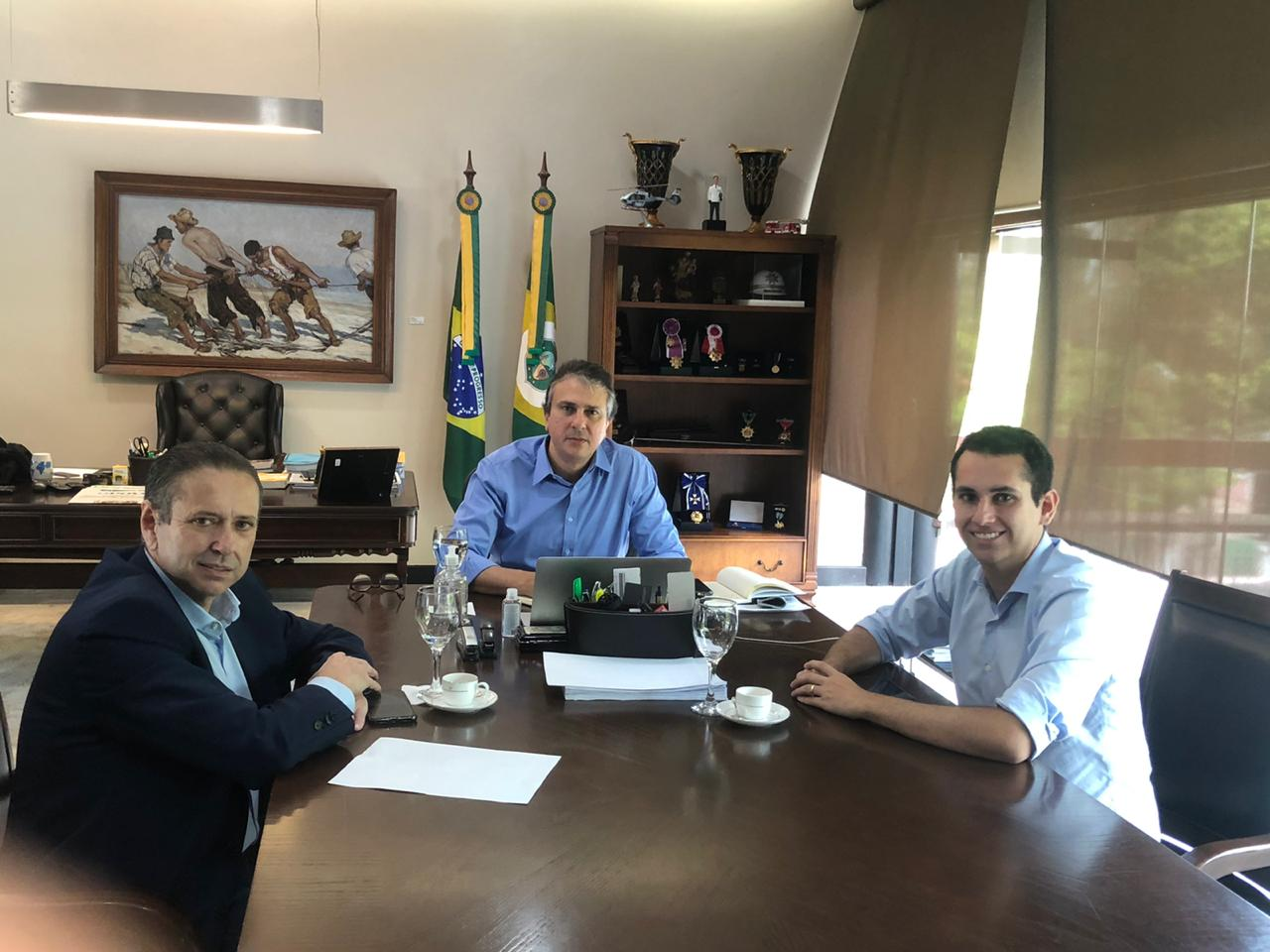Deputado Domingos Neto e Camilo discutem participação da bancada cearense no combate ao coronavírus