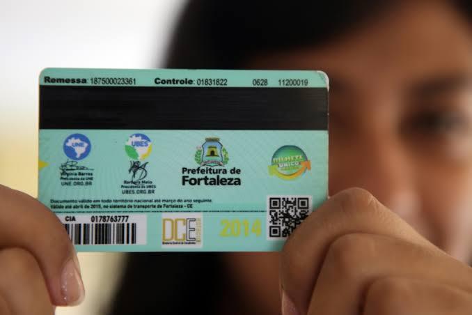 Carteira de estudante valerá até o dia 30 de junho em Fortaleza