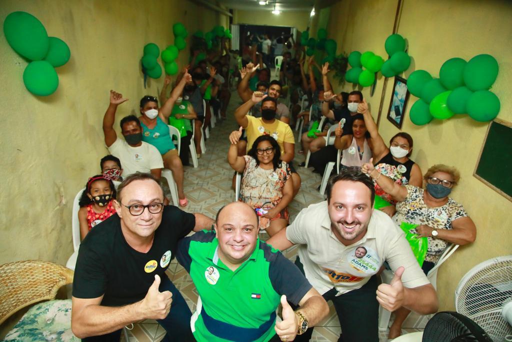 Adams Gomes candidato a vereador de Fortaleza, filho do deputado Tim Gomes faz campanha no Sumaré
