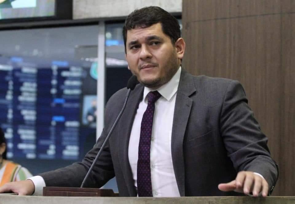 Deputado Audic Mota propõe renúncia coletiva nas   associações de policiais militares